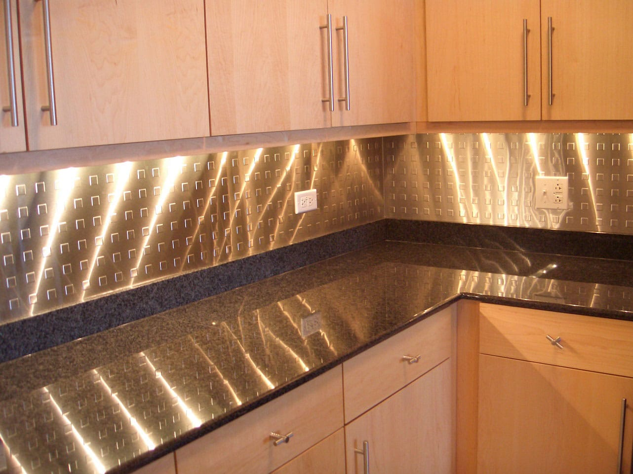 Backsplash Materials Why They Matter Direct Home Remodeling Inc - Stainless-steel-backsplash-creative
